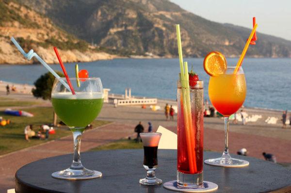 belcekiz beach club bars