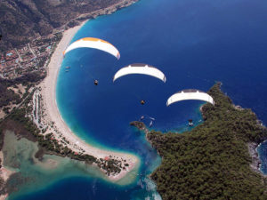 paragliding down to Oludeniz beach